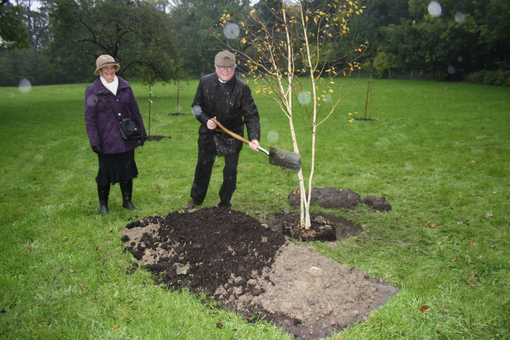 Despite the ghastly wet conditions, a group of Wilton Park staff joined Donald and his wife, Lynda, to plant a commemorative silver birch tree on Wednesday 27th October.