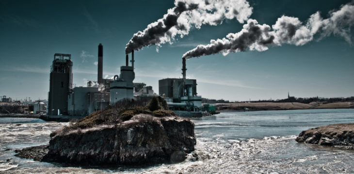 World leaders reach historic deal to tackle climate change